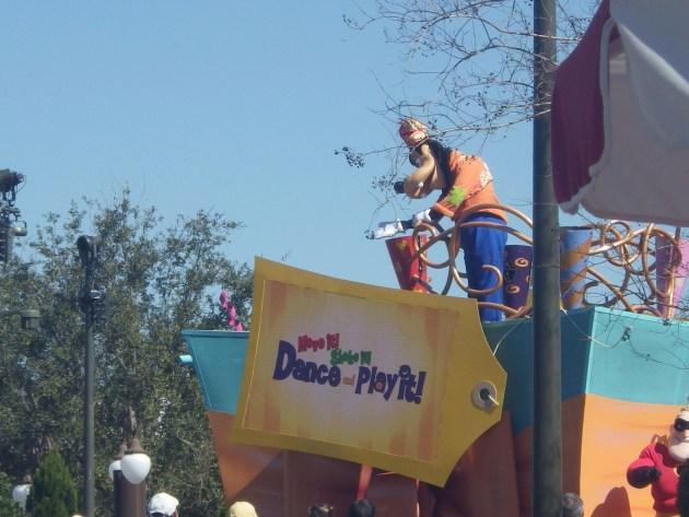 disney parades goofy