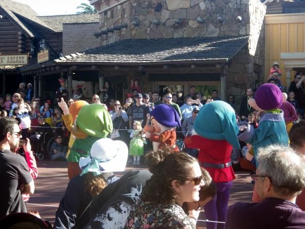 disney parades snow white