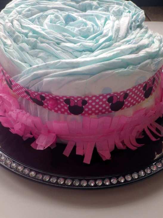DIY diaper cake first layer decor