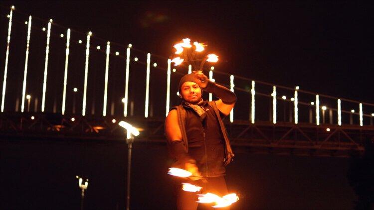 Fire+Dancer+in+San+Francisco+at+Bay+Bridge+-+Personal+Branding (1)