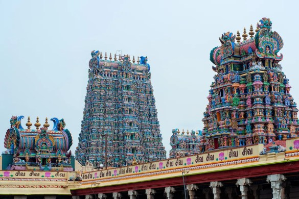 An image shows the Meenakshi Amman Temples in Madurai, India. This picture serves as the featured image for Balanced Achievement's article on wondrous temples in India.