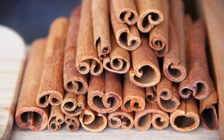 cinnamon-in-beauty-routines