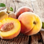 Low Calorie Fruits : The Organic Peach