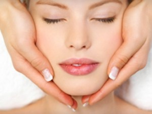 holistic-tips-for-healthy-winter-skin
