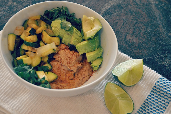 10-minute-vegan-avocado-bean-bowl