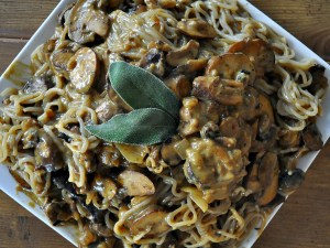 mushroom stroganoff with spiralized parsnip noodles