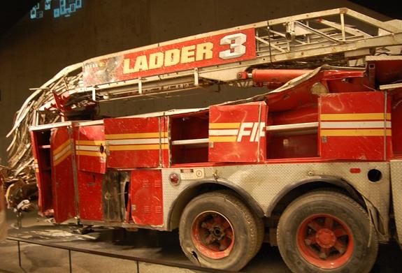 911 ladder 3 firetruck