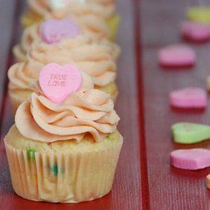 conversation heart valentine's day cupcakes heart valentine's day cupcakes