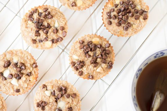 oatmeal banana breakfast muffins to a quick and easy breakfast