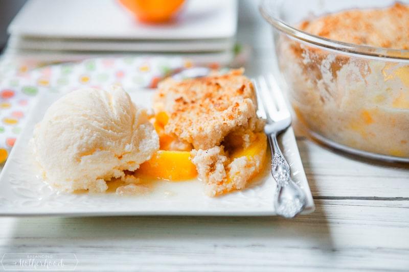 peach cobbler with vanilla ice cream