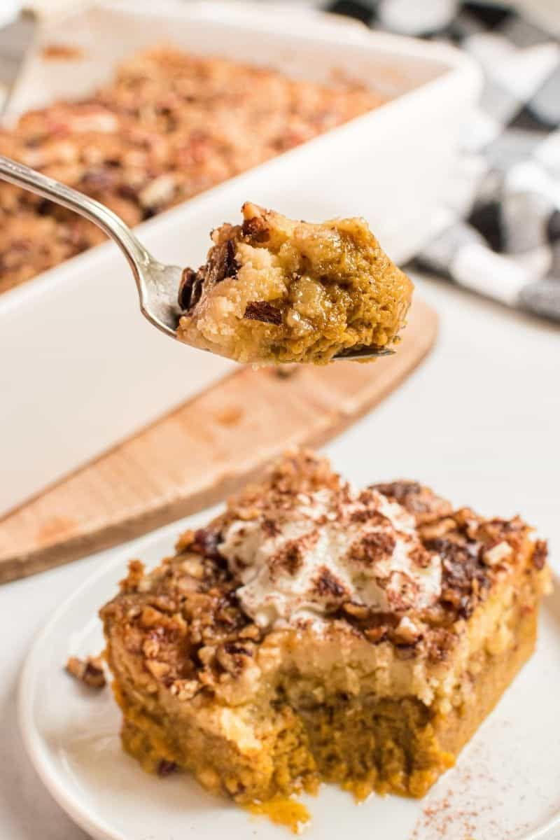 Fork with dump cake on it.