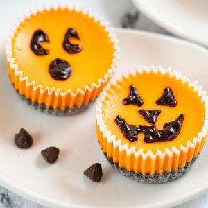 2 jack o lantern pumpkins