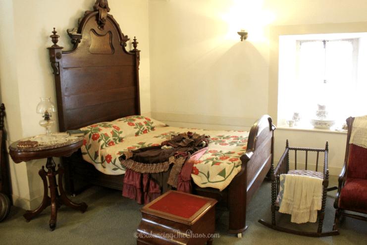 Rancho Los Cerritos Bedroom