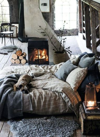 masculine-bedding-ideas-with-fireplace