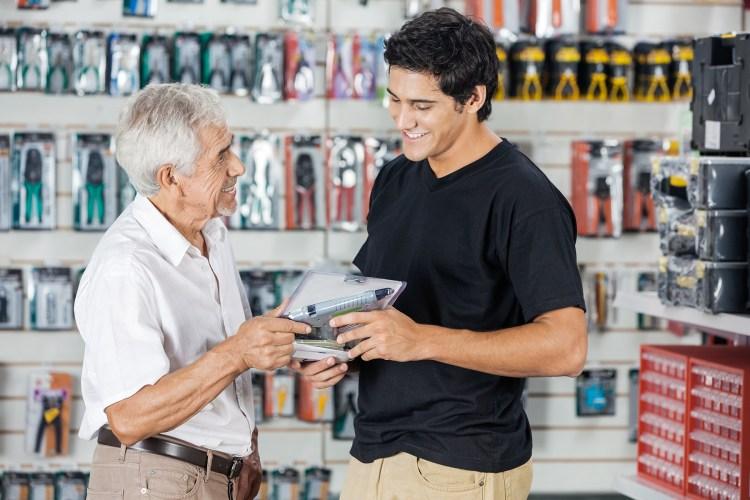 Vendedor Loja Mecânica Autopeças Compra Velho