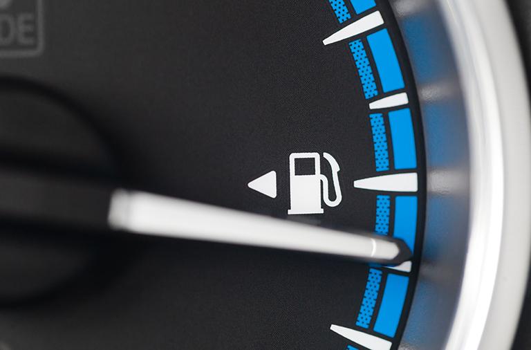 O que fazer para economizar combustível? Confira algumas dicas