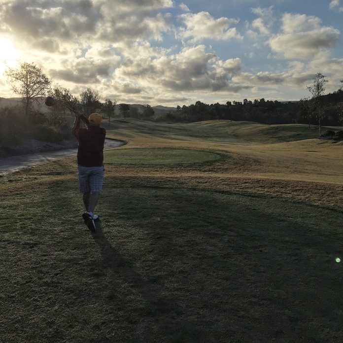 Strawberry Farms Lee golf swing
