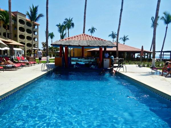 Worldmark by Wyndham Coral Baja swim up bar