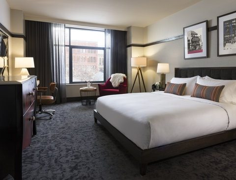 Kimpton-Journeyman-Deluxe-King-room