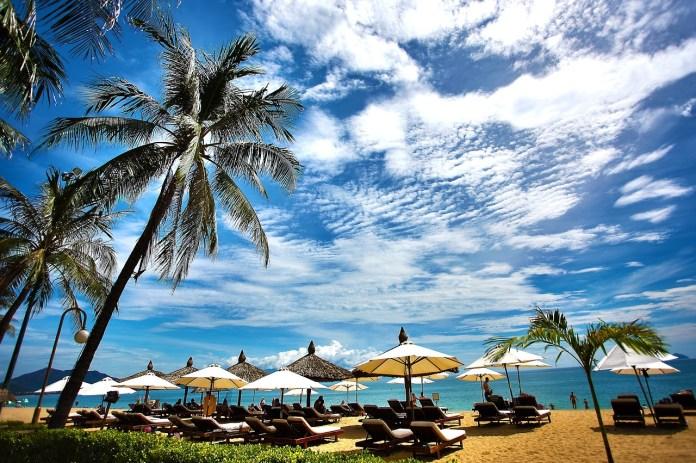 beach-1721396_1280