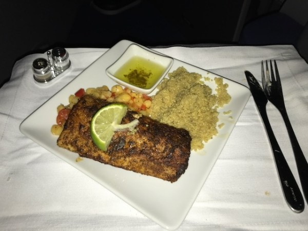 American Airlines Business Class A330 CLT-BCN meal