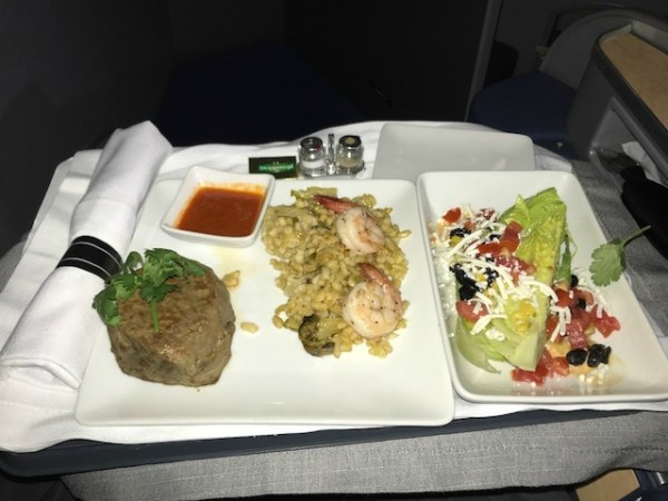 American Airlines Business Class A330 CLT-BCN meal2