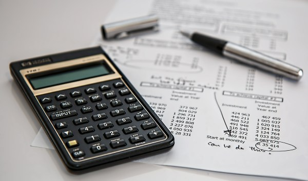 Smart Money Moves Before Year End. taxes calculator-385506_1920