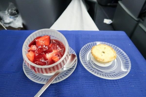 United Airlines Polaris 777-200 Dessert