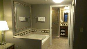 Hilton Grand Vacations Suites on the Las Vegas Strip bathtub