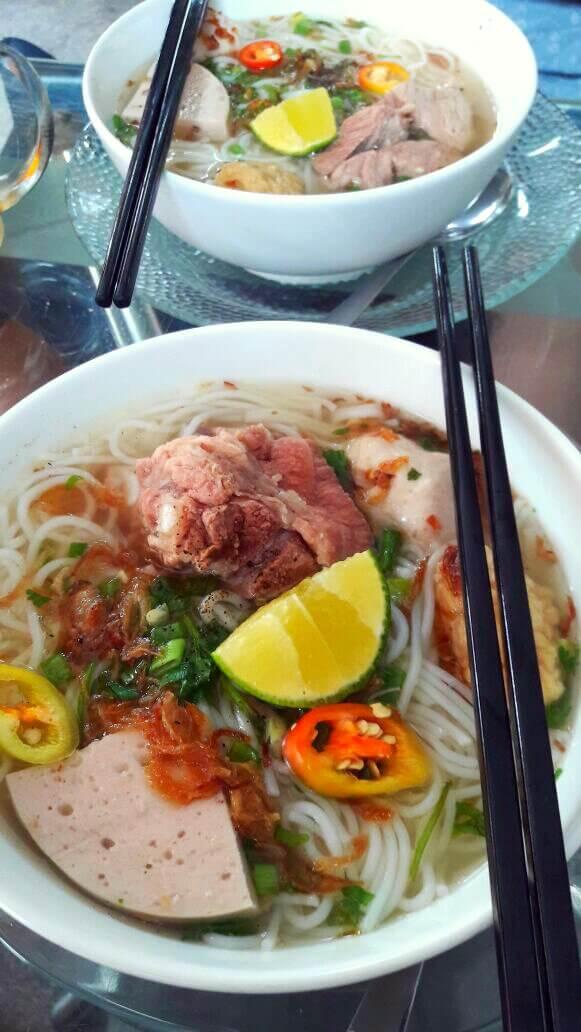Noodle soup yang sedaaap tenan