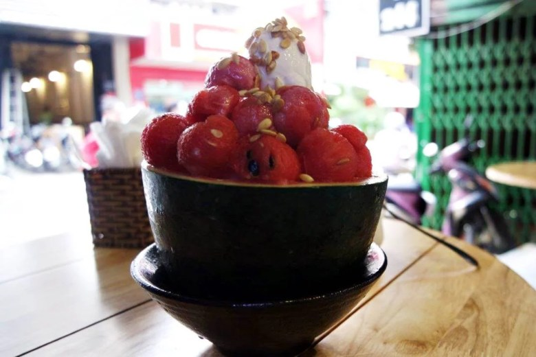Es krim plus semangka yang menggiurkan