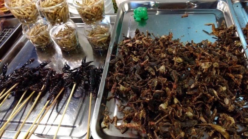Cemilan serangga di Asiatique Bangkok