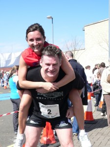 Rhona McLeod & John Beattie at the Balfron 10K - Credit: Sharon McCrudden