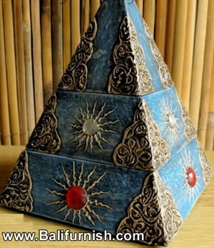 5-pyramid-wood-boxes-bali