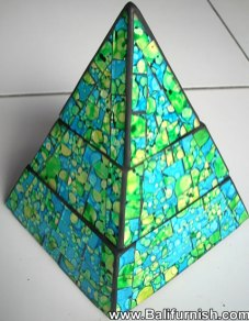 prdbox11-pyramid-boxes-mosaic-glass-bali