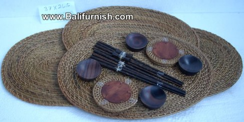 tray2-2-tableware-woven-grass-bali