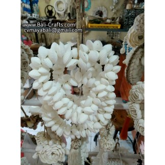 shell819-18-sea-shell-crafts-indonesia