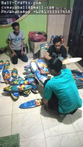 airbrush-surfing-board-factory-indonesia-12