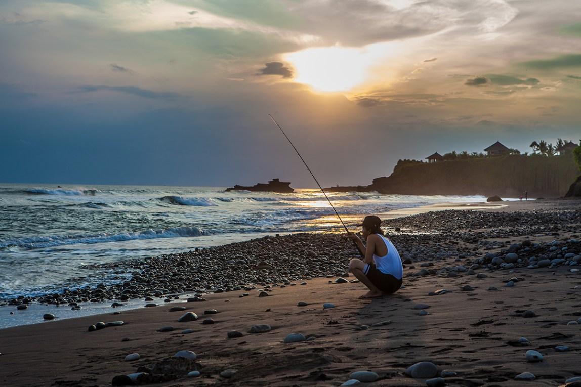 Bali-Balian-Beach-fishing-01