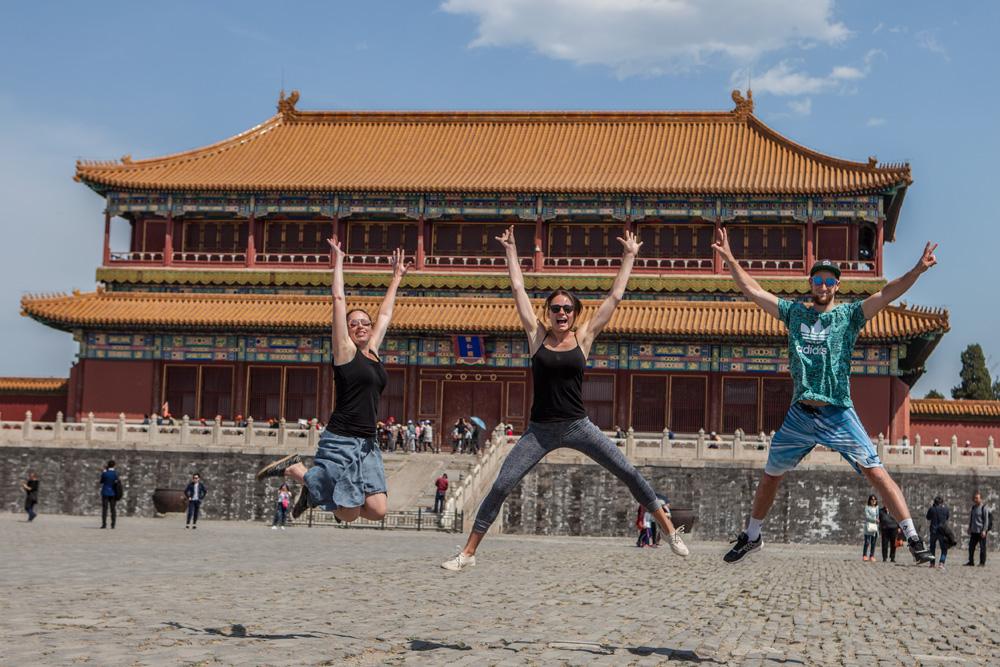 Peking-Verbotene-Stadt-Jumping