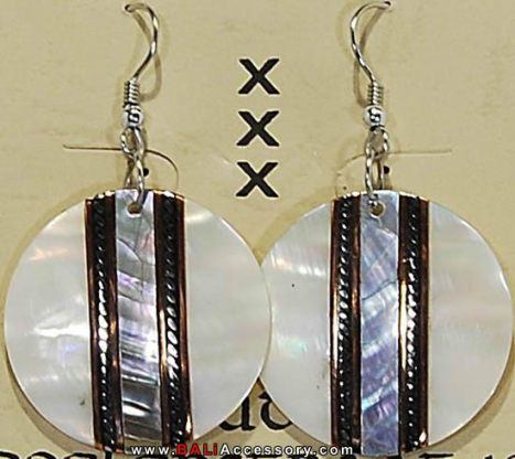 bali-shell-earrings-059-1570-p