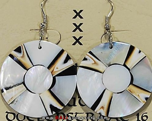 bali-shell-earrings-062-1573-p