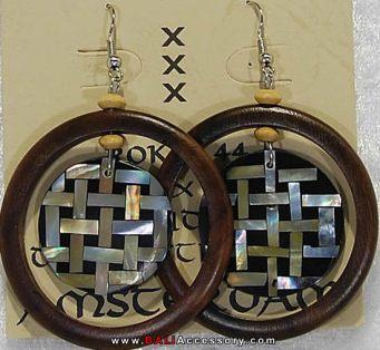 bali-shell-earrings-099-1611-p