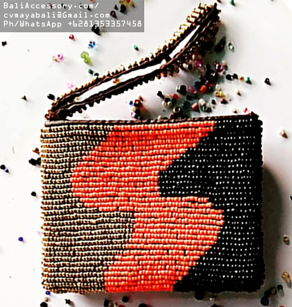 bb2820-1-beaded-bags-from-indonesia