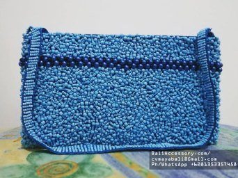 bb2820-2-beaded-bags-from-indonesia