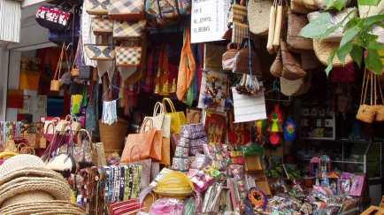 Shopping-in-Bali-Ubud-Art-Market