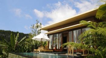 munduk-moding-coffe-plantation-private-pool-villa-bali-travel-experiences