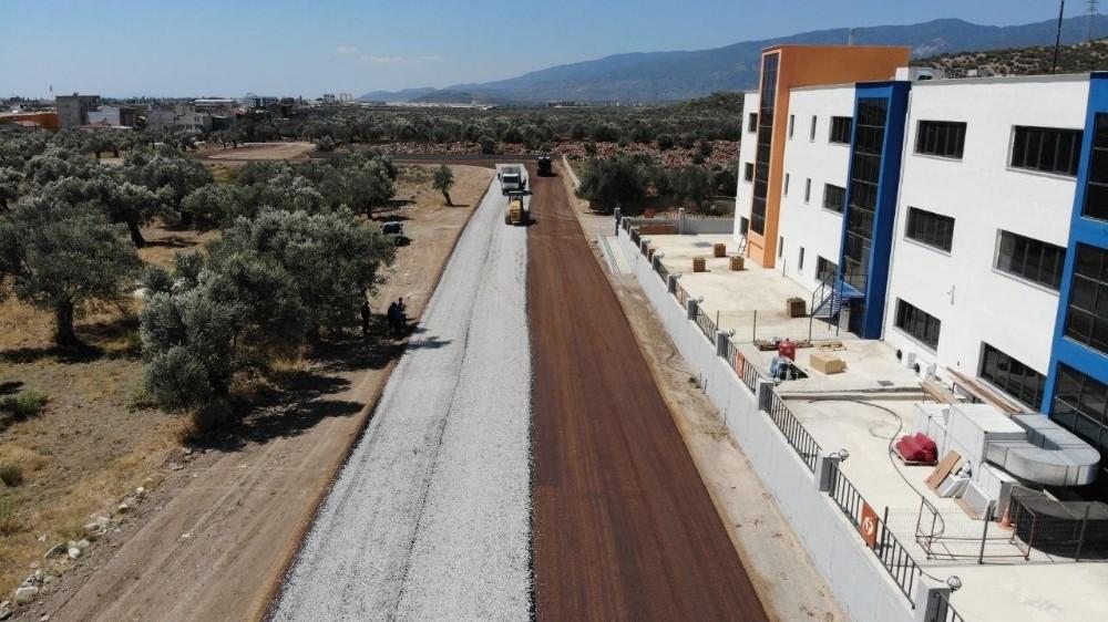 Edremit'te yollar asfaltlanıyor