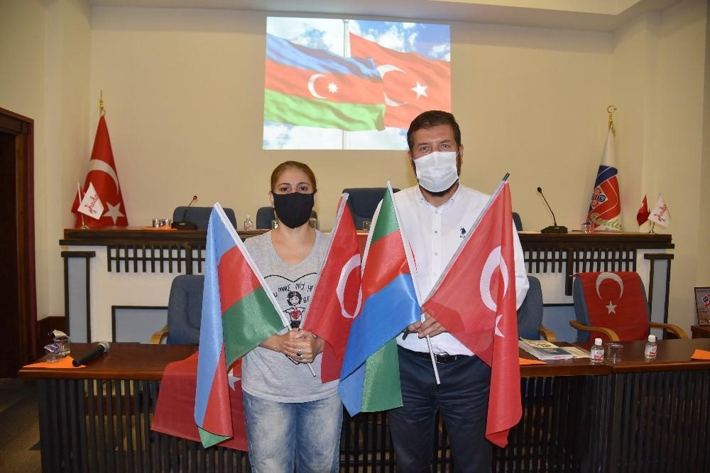 Azerbaycan'da işgalden kurtulan bir şehirle Sındırgı kardeş şehir olacak