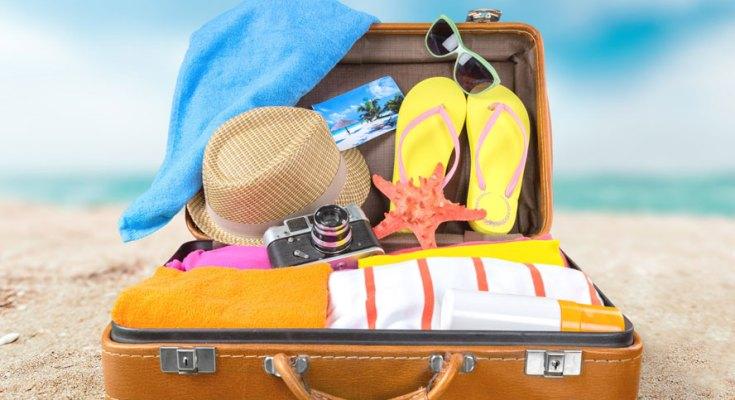 benda yang wajib dibawa wanita ketika traveling